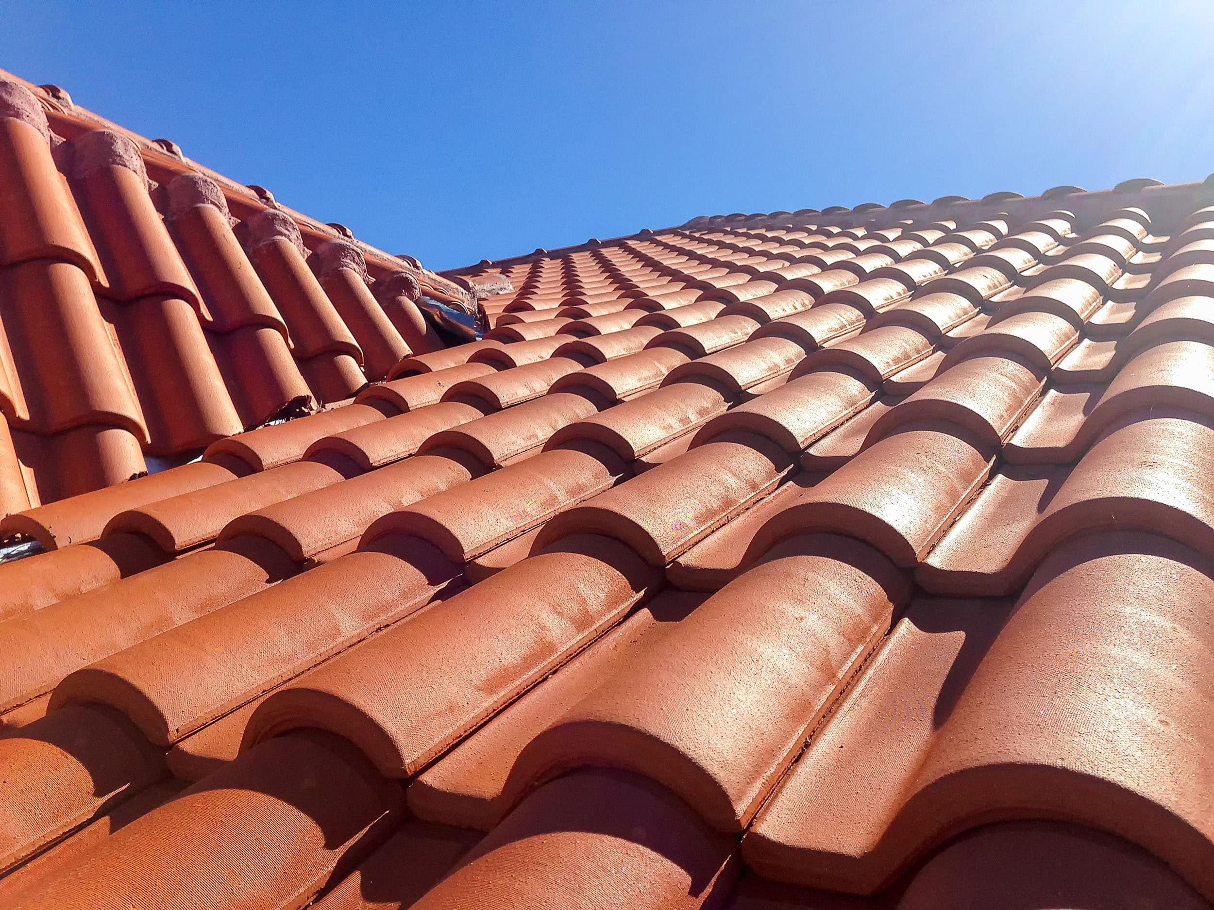 how long does a clay roof last